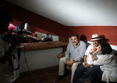 Con Carlos Yarza y Maneti Ramírez