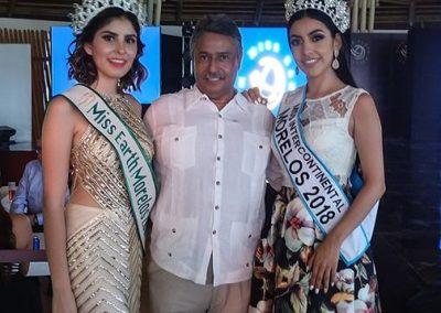 Con Reinas de Belleza Nataly Mora y Sharon Jaramillo